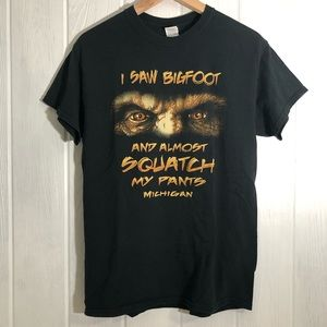 Gildan Shirts - Bigfoot Michigan Funny Tee T-Shirt Black M
